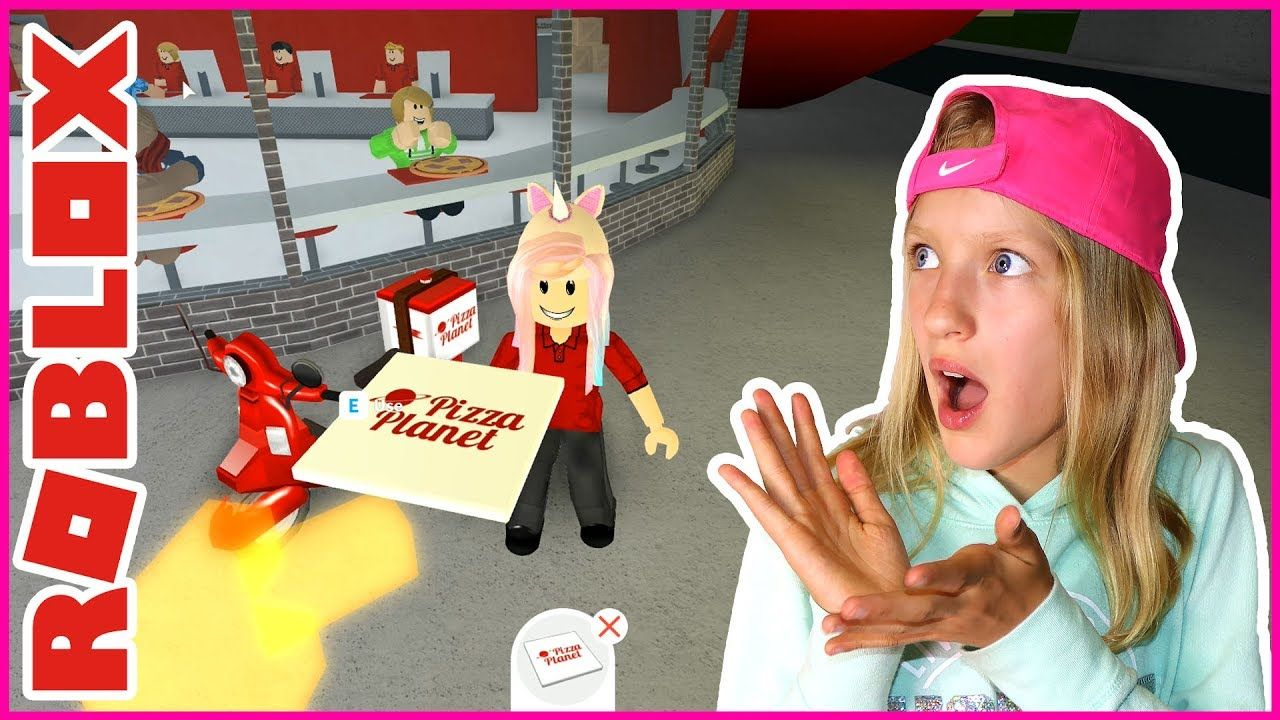 Karinaomg Roblox Bloxburg 3am Switching Jobs Just Like That Youtube Play Roblox Instagram Posts Job