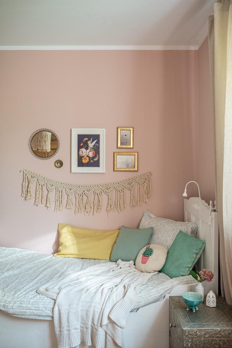 Zimmer Makeover Vom Kinderzimmer Zum Teenie Traum Teenager Zimmer Madchen Mobel Und Rosa Zimmer