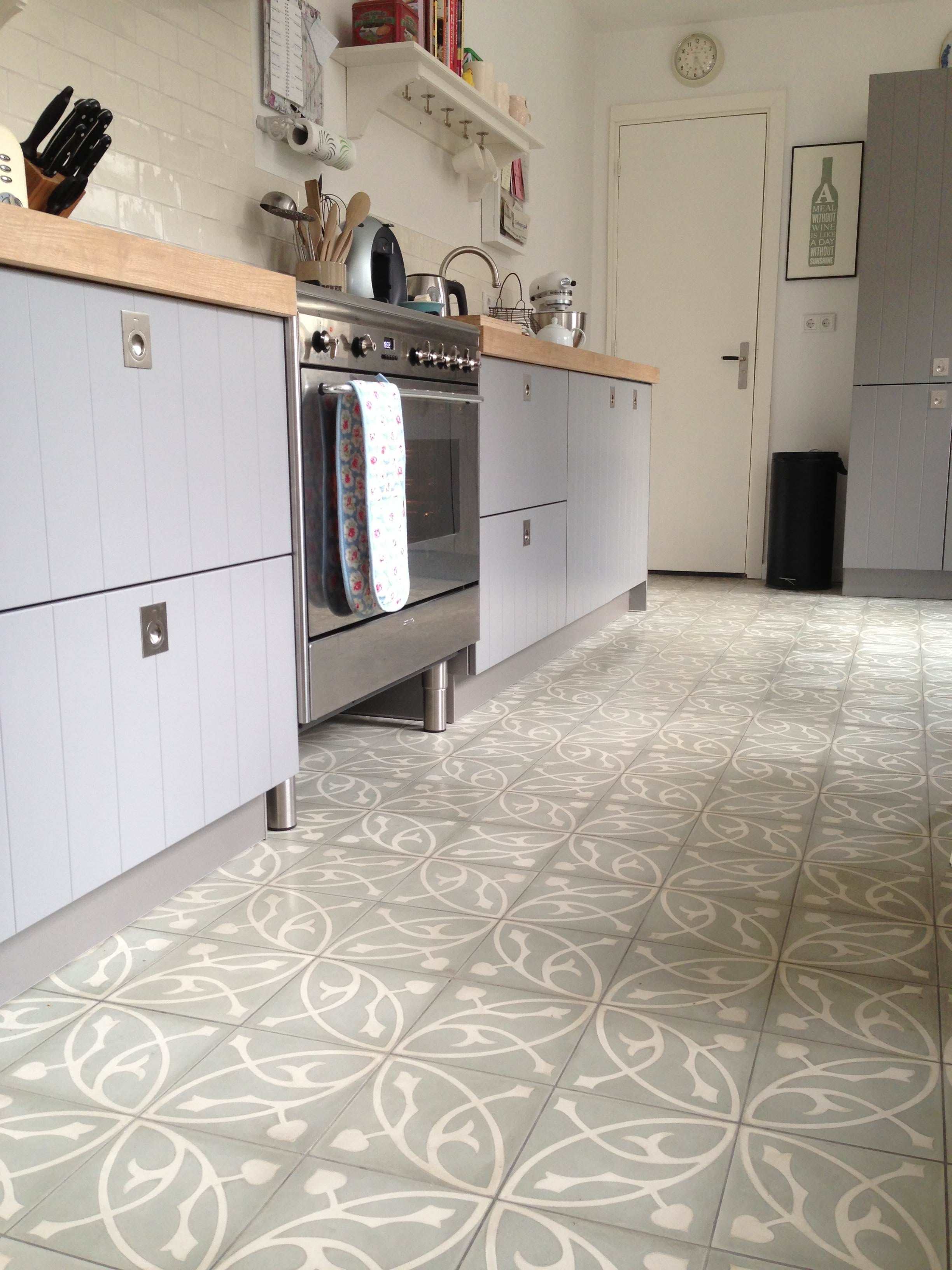 Oval azule cement tiles encaustic tiles from - Tisch oval weiay ...