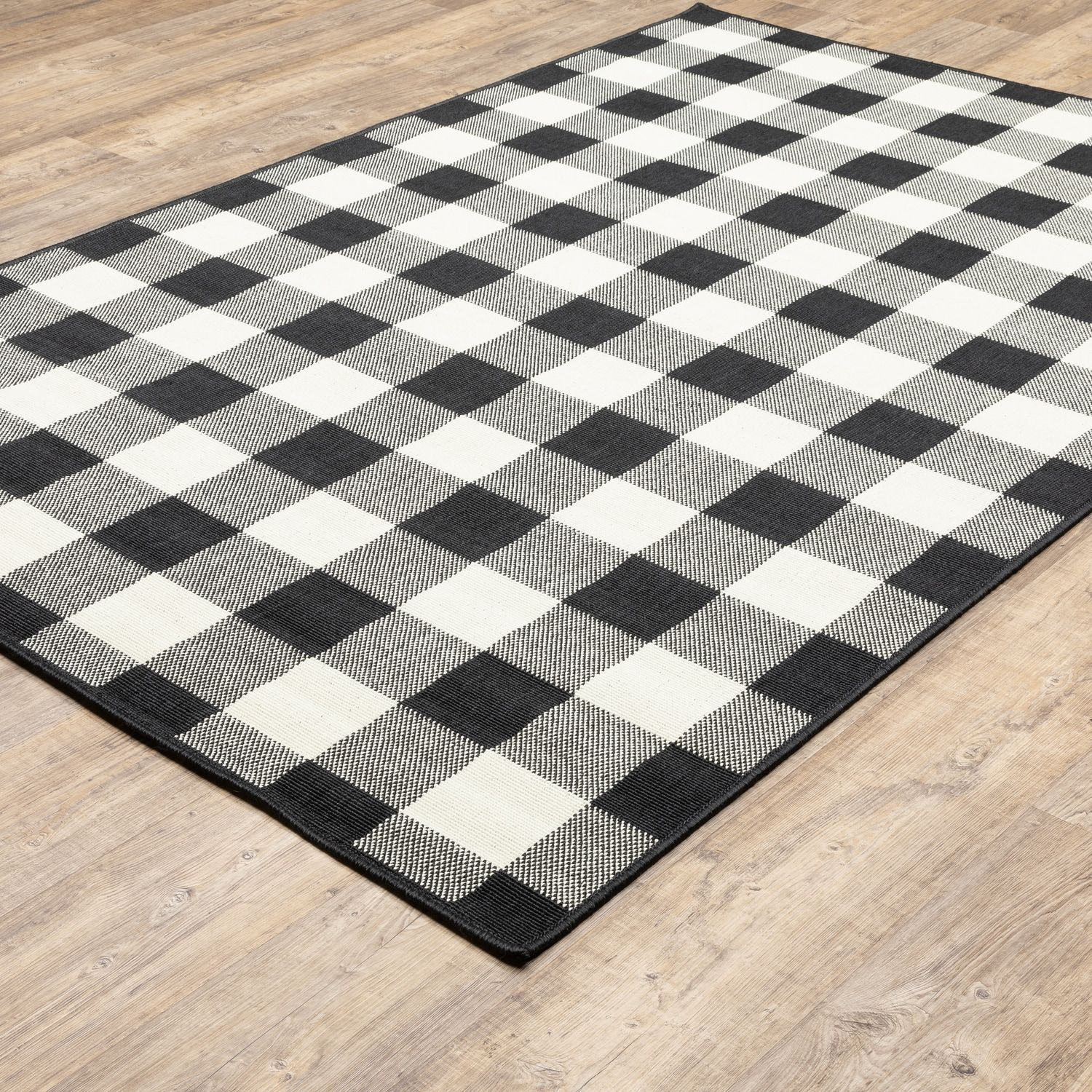 Stylehaven Mainland Gingham Plaid Indoor Outdoor Rug In 2020 Indoor Outdoor Area Rugs Outdoor Rugs Patio Patio Rugs