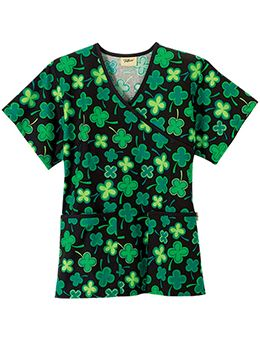 6d1be0c084b Cute St. Patricks Day Scrubs | Nurse/Nursing School | Scrubs, Vet ...