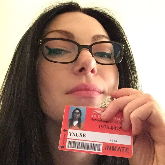 """Photo of Laura Prepon on Instagram: """"Glasses✔️Eyeliner✔️Badge✔️ … looks forward to coming out and having a great season for you! # Season4 #alexvause #Oitnb #bestfansever """""""