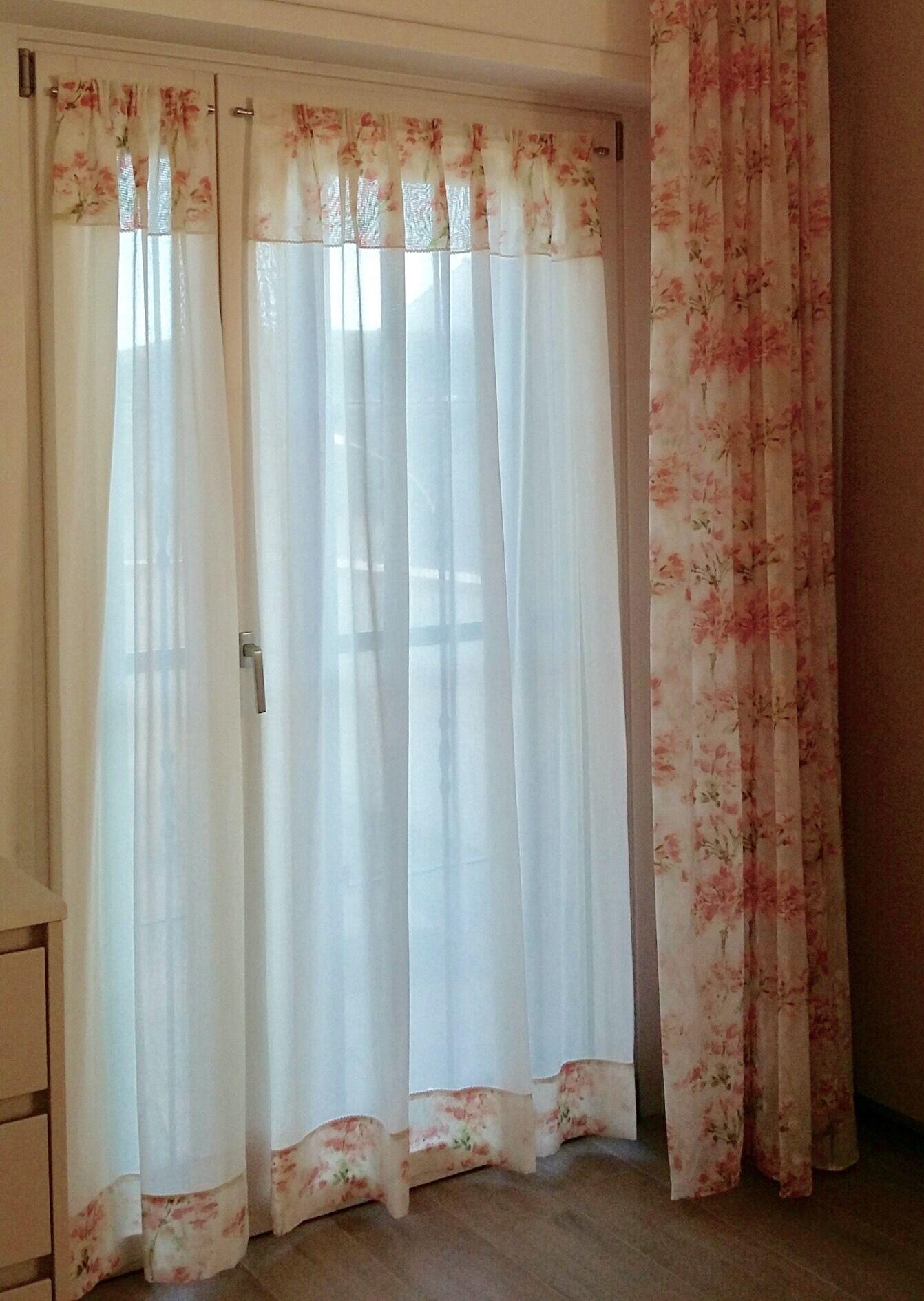 Tende A Vetro Per Bagno coordinato:tendine a vetro e tenda a parete tessuto a tema