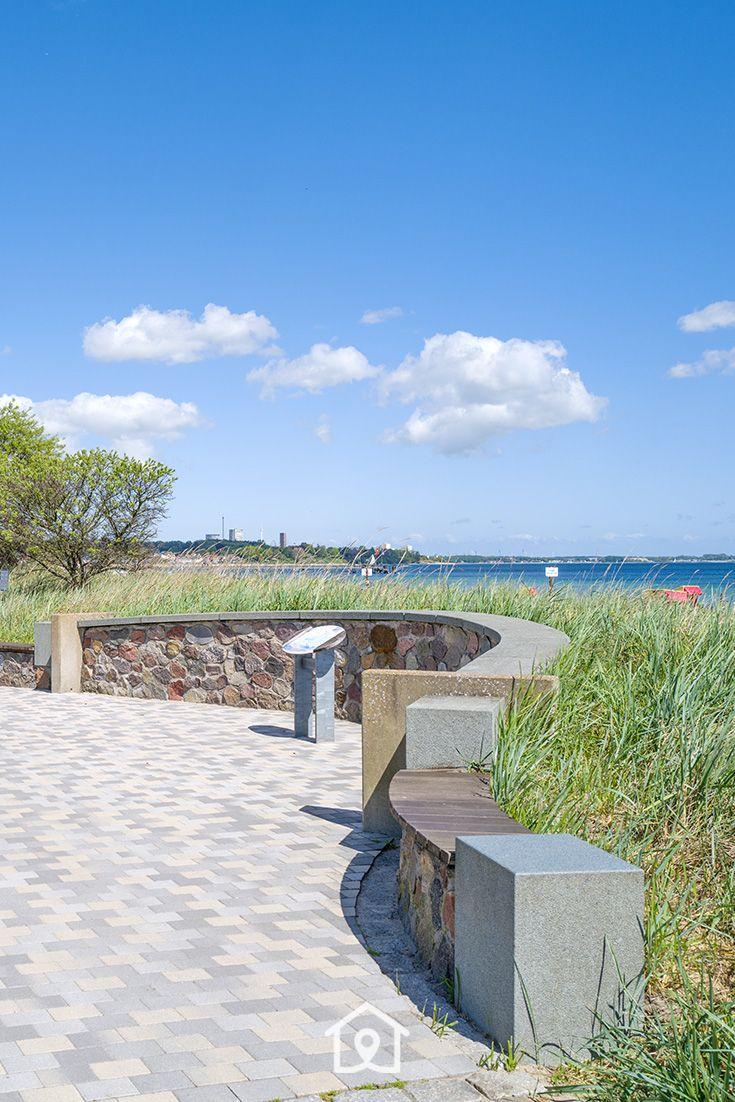 Promenade mit Blick auf die Ostsee in Haffkrug Urlaub an