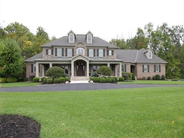 8865 Whisperinghill Dr Indian Hill Oh 45242 Indian Hill House Styles New Homes