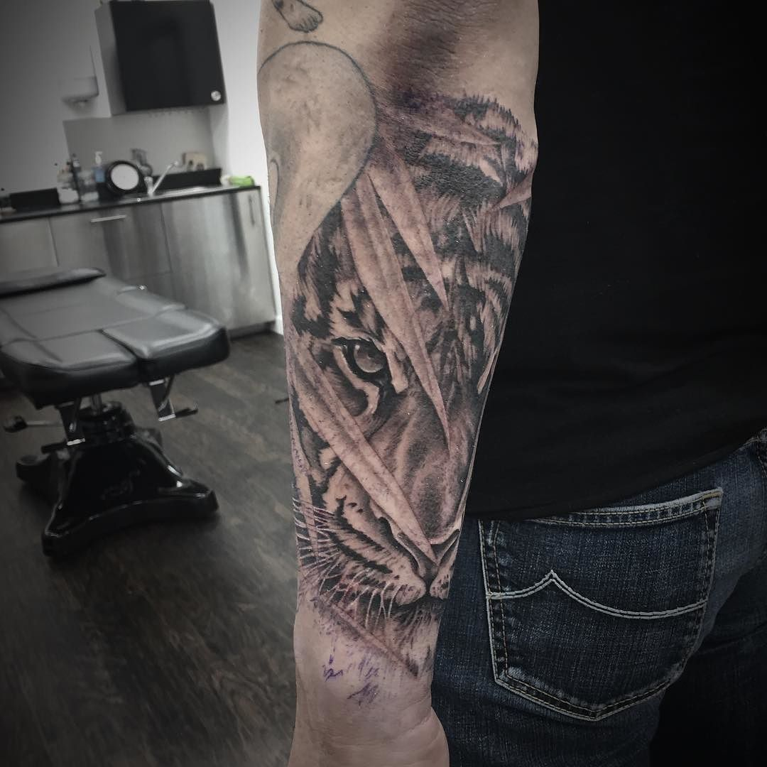 40++ Awesome Japanese tiger forearm tattoo ideas in 2021