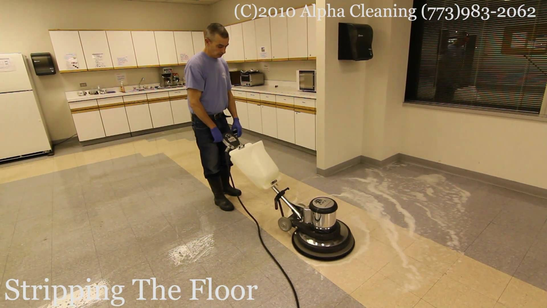 Floor Stripping Buffing And Waxing Chicago Big Blue Linoleum Flooring Flooring Tile Installation