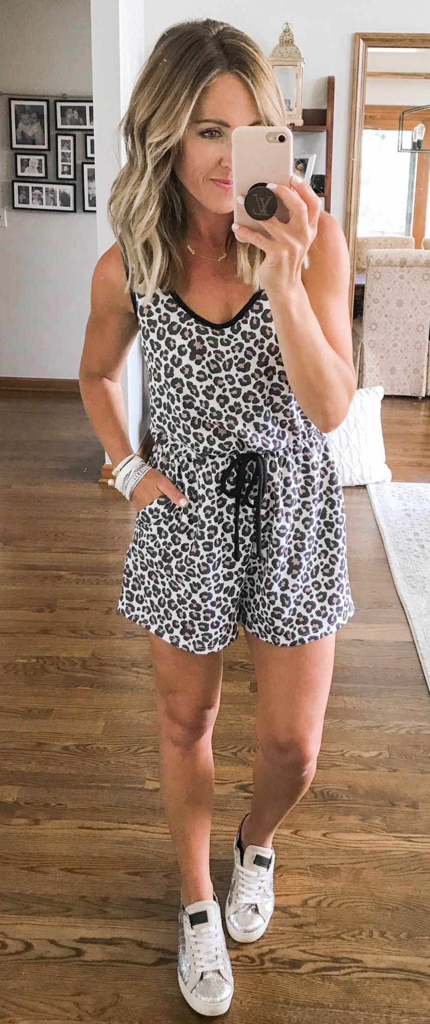 Black And White Leopard Print Sleeveless Dress Summer Outfits Short White Sweater Cute Outfits Black Shirt Dress [ 2027 x 853 Pixel ]