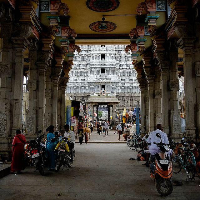 Arunachaleswar Temple | Thiruvannamalai, Tamil Nadu by Mat McDermott on Flickr.