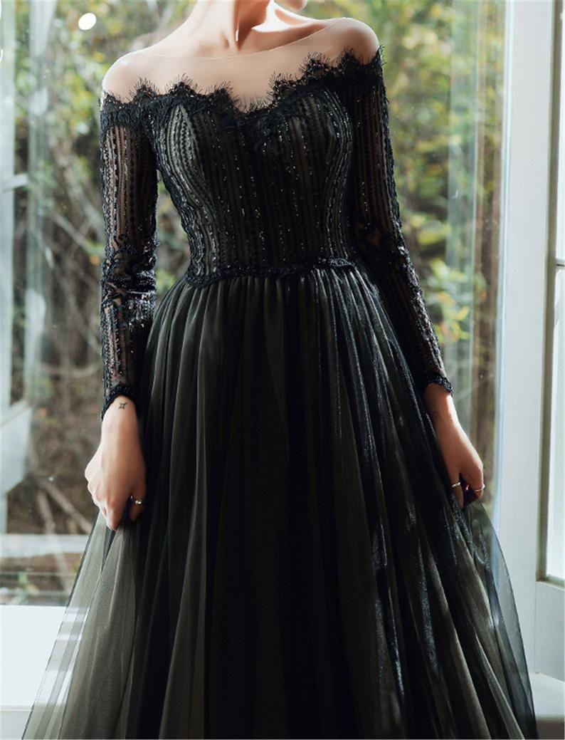 Gothic Prom Dress Black Vintage Evening Dress Off Shoulder Etsy Gothic Prom Dress Evening Dresses Vintage Black Prom Dresses [ 1039 x 794 Pixel ]