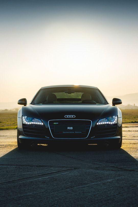 Audi R8 V8 by Martin Cyprian
