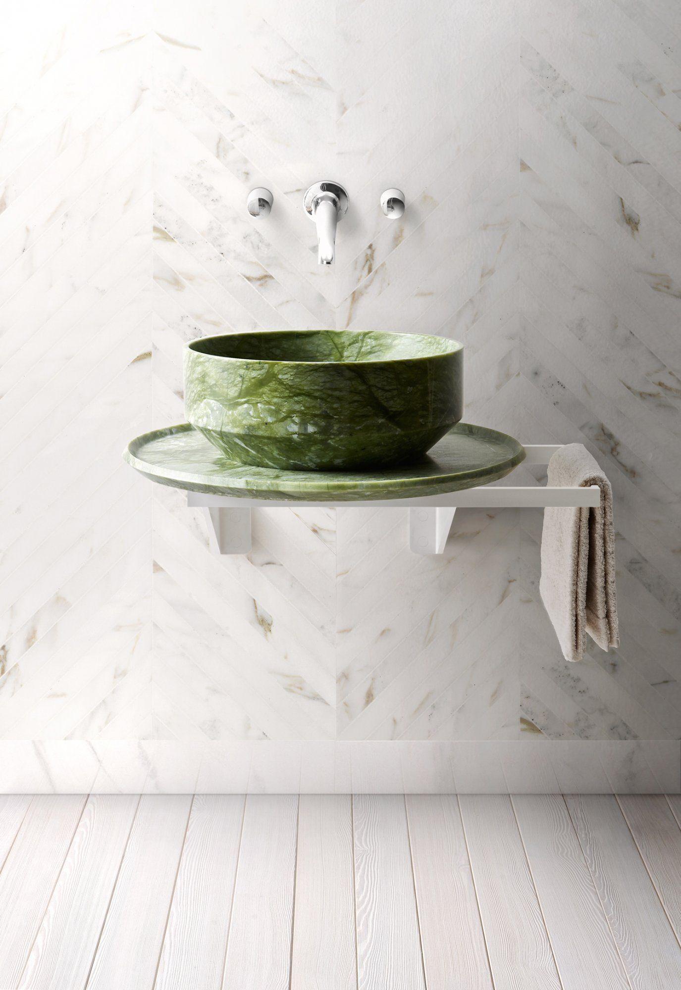 Badezimmer ideen über toilette colour is back  bäder u wc  pinterest  badezimmer bad und waschtisch