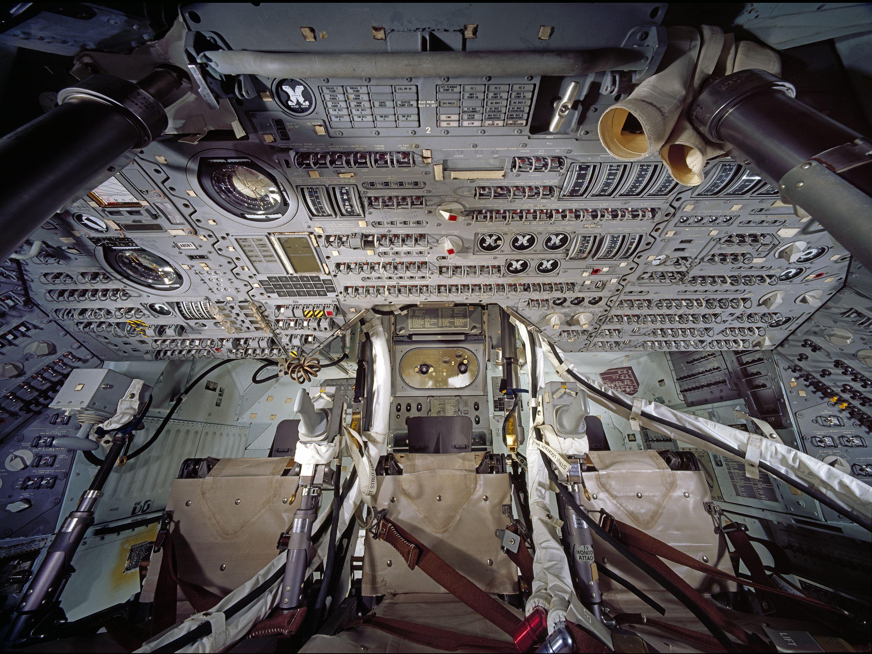 apollo capsule interior - HD3000×2250