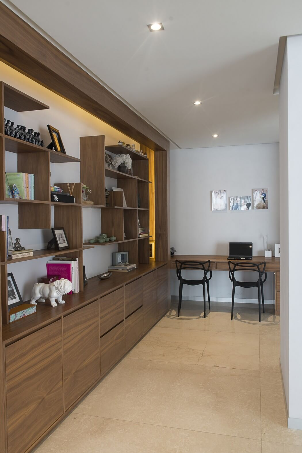 home office mexico. An Unexpectedly Vibrant Mix Of Textures In A Neutral Palette Is Unified By The Harmonious Ceiling And Walls Reclaimed Wood This Mexico Apartment. Home Office S