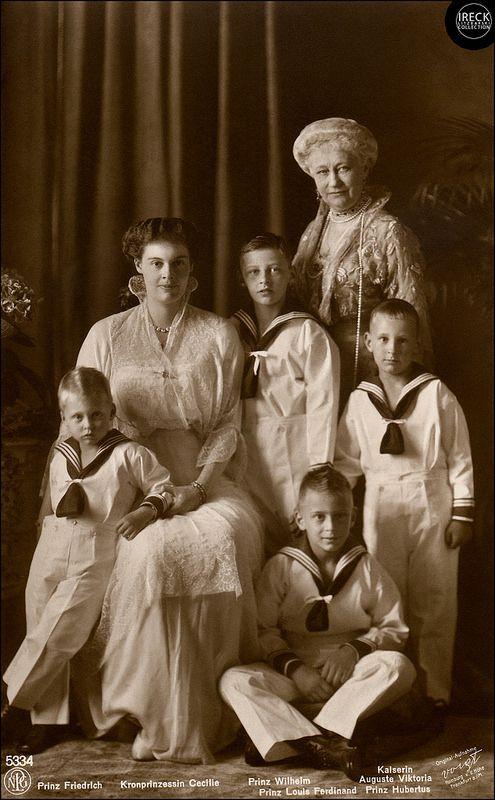 Kaiserin Auguste Viktoria Kronprinzessin Cecillie Und Kinder