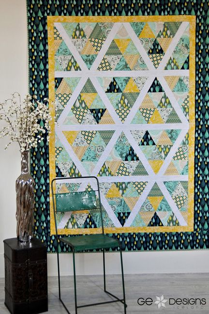 Starburst is done using the 60 degree triangle ruler. If you saw ... : 60 degree triangle quilt - Adamdwight.com