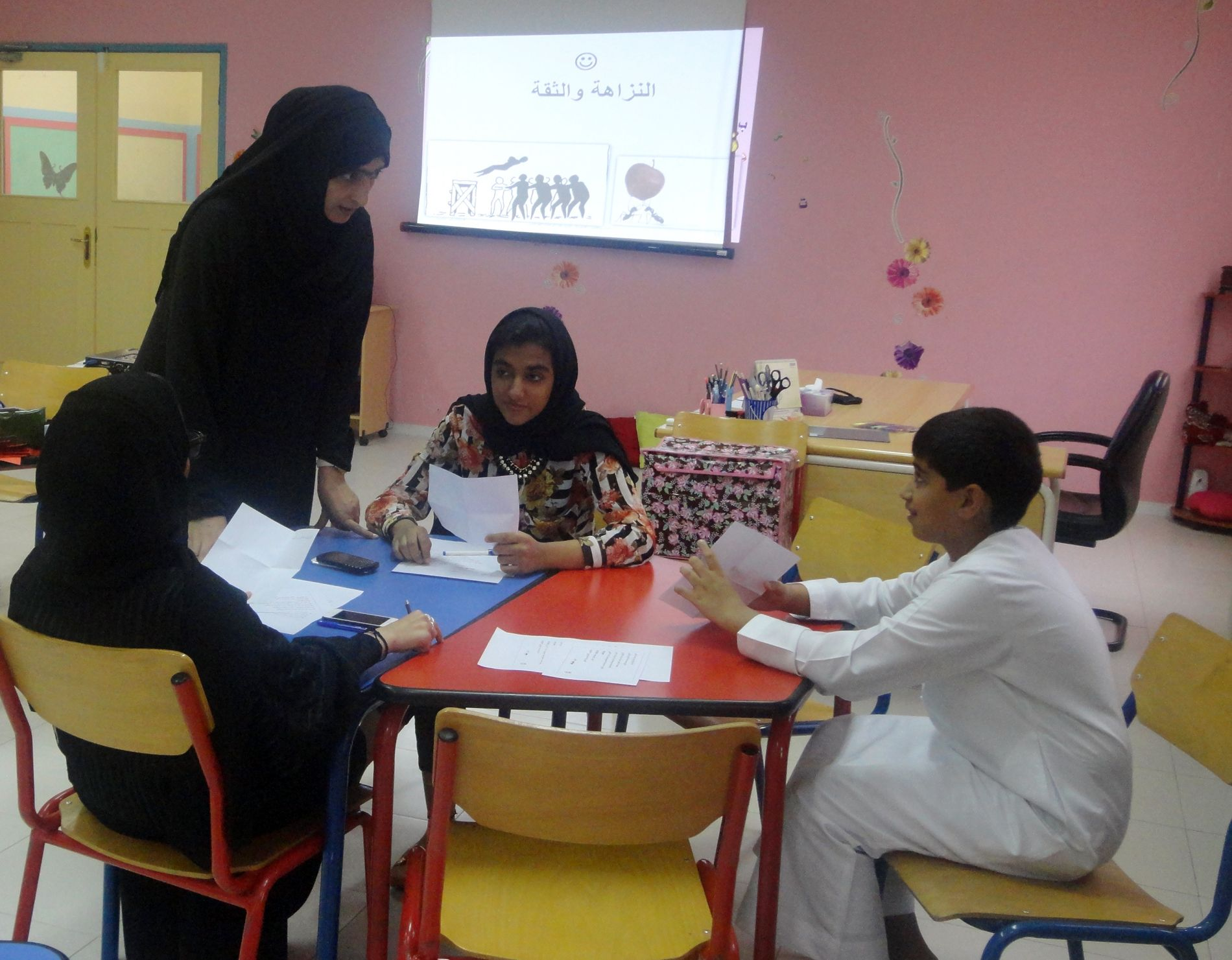 معسكر صناعة القادة للأطفال يختتم برامجه لأعضاء مجلس شورى أطفال الشارقة الدورة الثالثة عشرة مركز