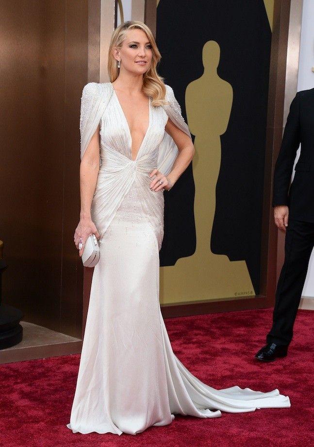 Kate Hudson con un look brillante de Versace en los Oscar 2014 ...
