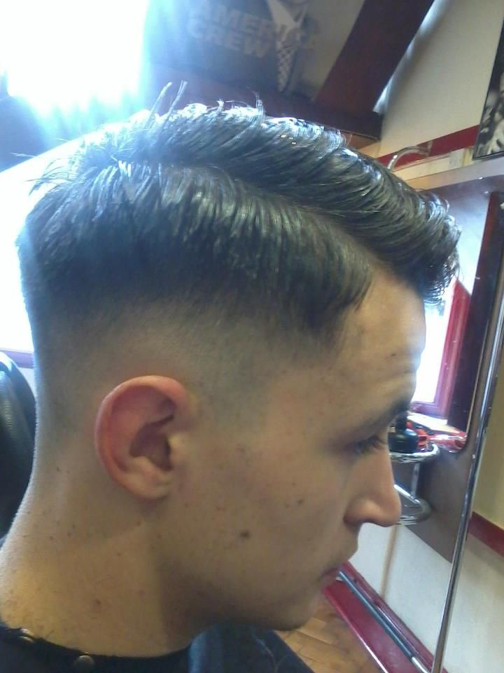 An Old School Barber Vintage Fade Mens Haircut By Paul Mac Special