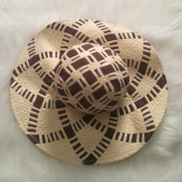 Floppy Sun Hat Brown /Tan Sun Hat with woven design One size fits most Forever 21 Accessories Hats