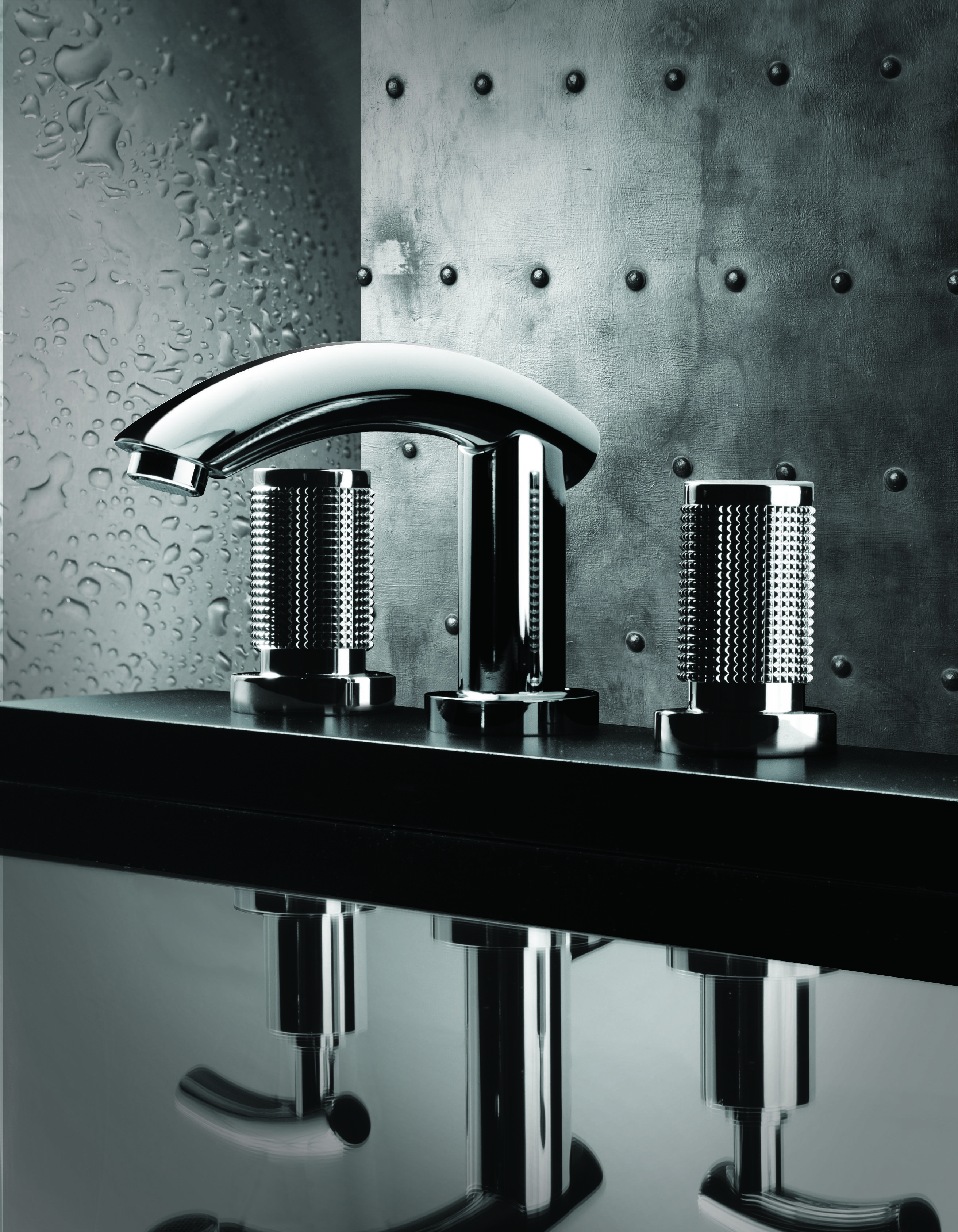 Stylish bathroom with Rubinet\'s modern bath faucet / H20 Collection ...