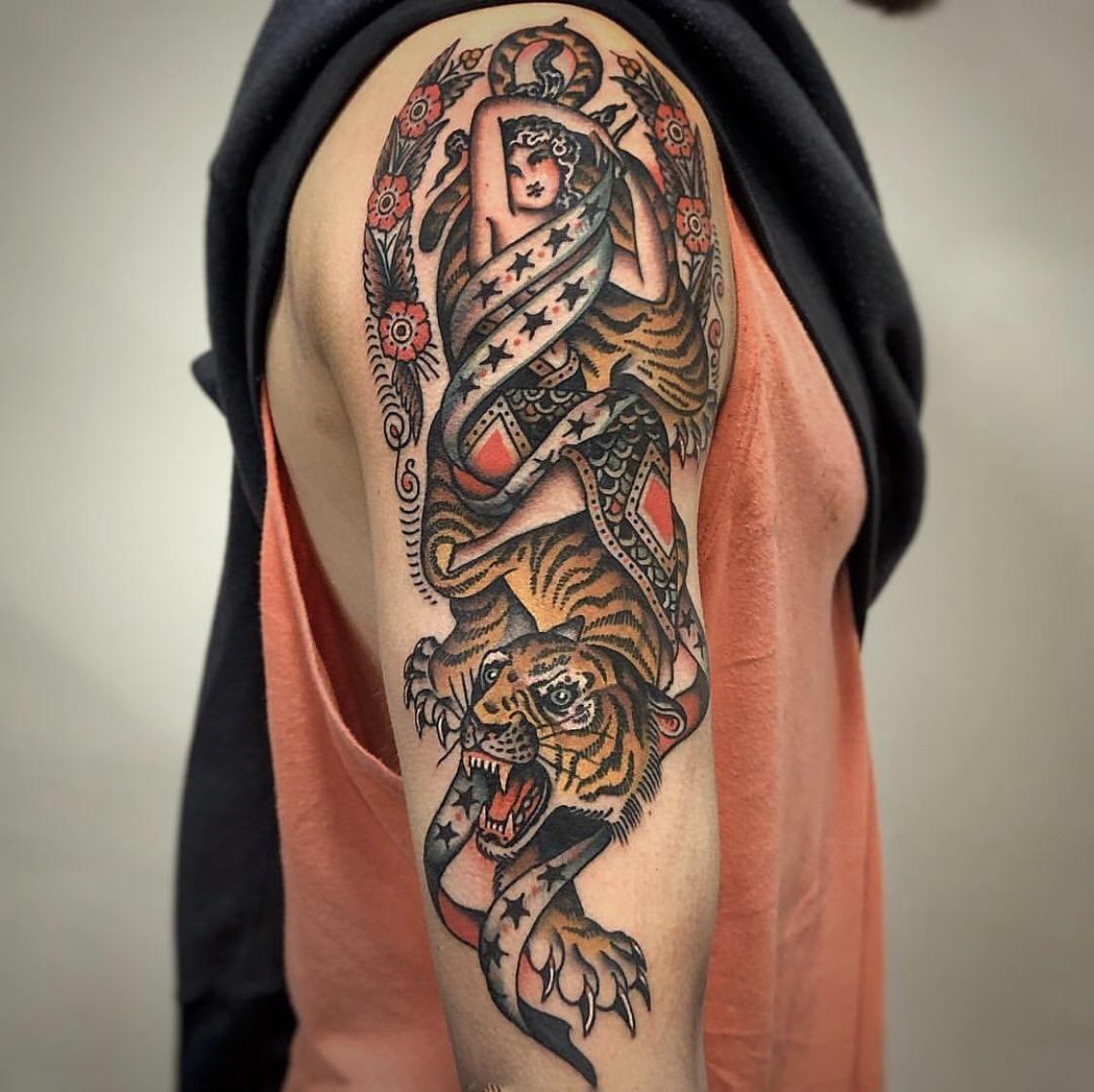 Any traditional tattoo artists similar to rafa decraneo in