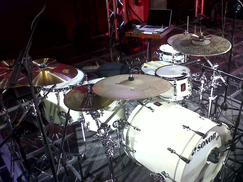 Benny Greb | Cool & Unique Drum Kits & Set-Ups | Pinterest