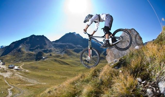 Road Bike Vs Mountain Bike 10 Reasons Why Mountain Biking Is