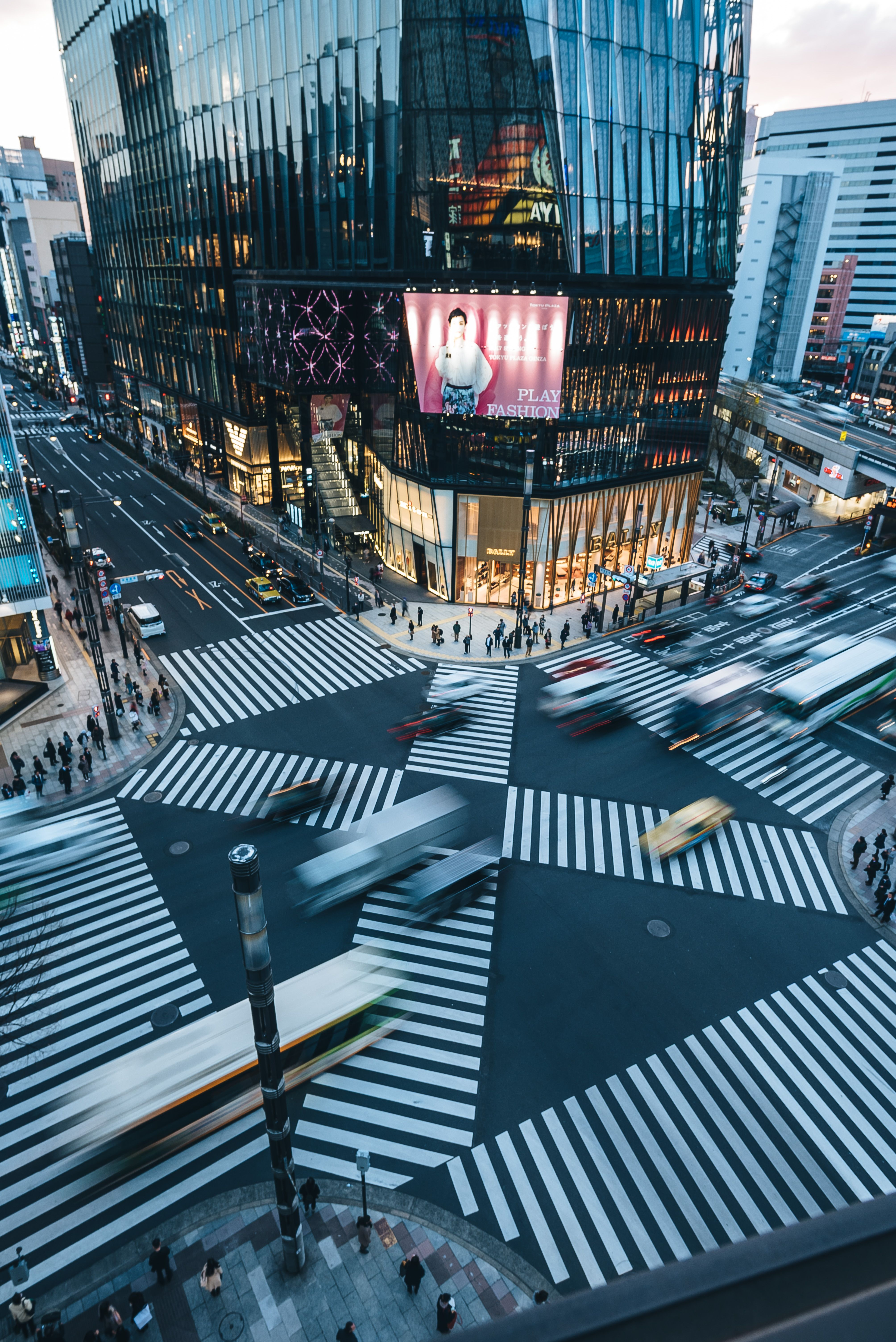 Ginza Crossing in Motion #Tokyo #Japan #Street #Urban #Photography ...
