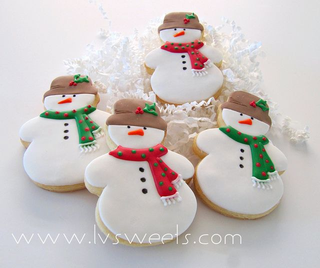 Christmas snowman cookie decorating