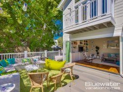 La Jolla meets Cape Cod in this beautiful coastal, 4-bedroom, 3 bath retreat in the Bird Rock community of San Diego, California.