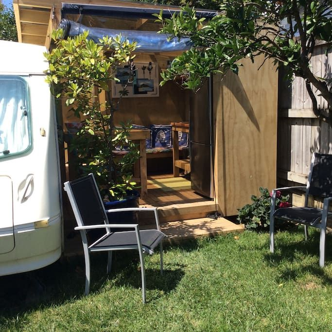 Private Room In Tauranga Nz Nestled In Our Private Quiet Sunny Garden Lives Elsie The Caravan She Sleeps 3 Tiny Houses For Rent Small Places Private Room