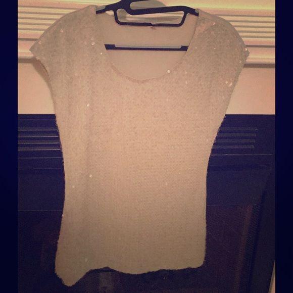 Sequin Cap Sleeve Top Very pretty sequin top, back is solid . Cream color Studio Y Tops