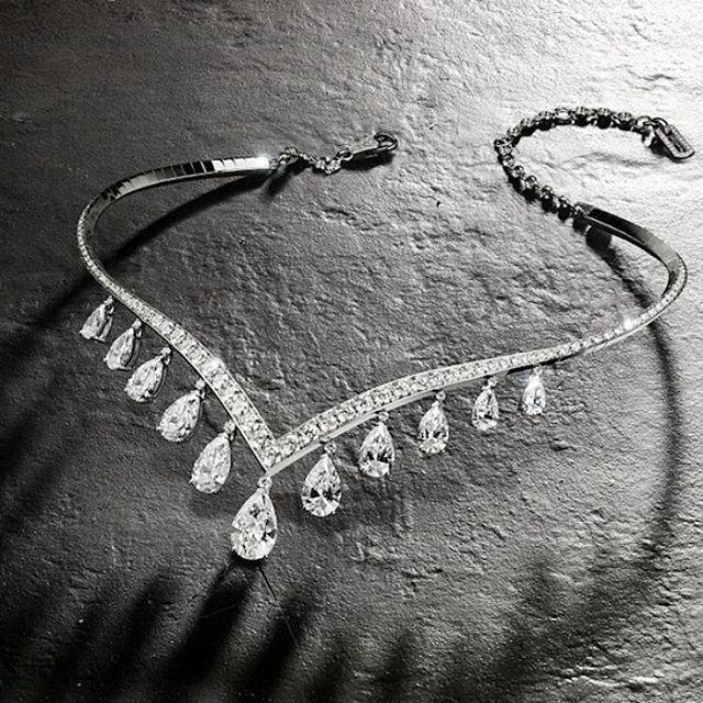 DIAMONDS NECKLACE @legendaryjewelry