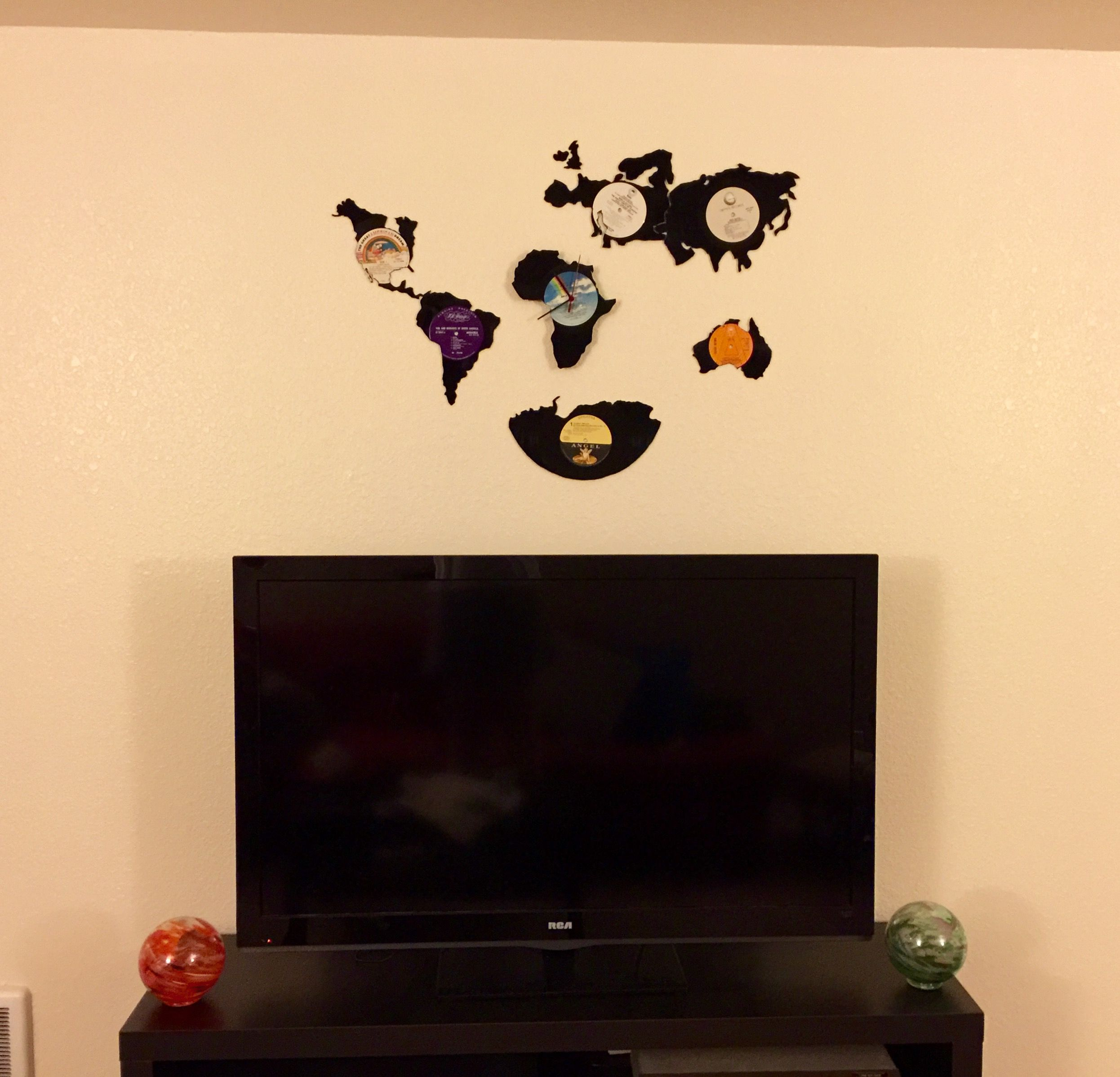 Vinyl record art. World wall map with Africa being a clock. | 35mm ...