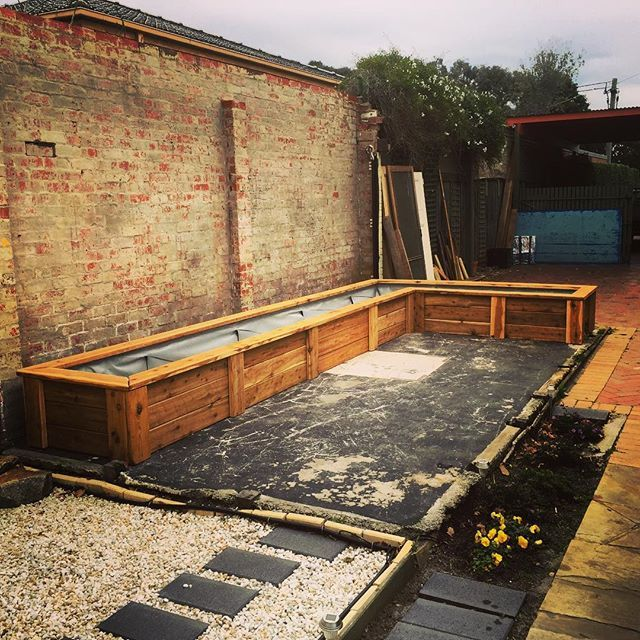 Custom Modbox Raised Garden Bed With Wicking System Installed On