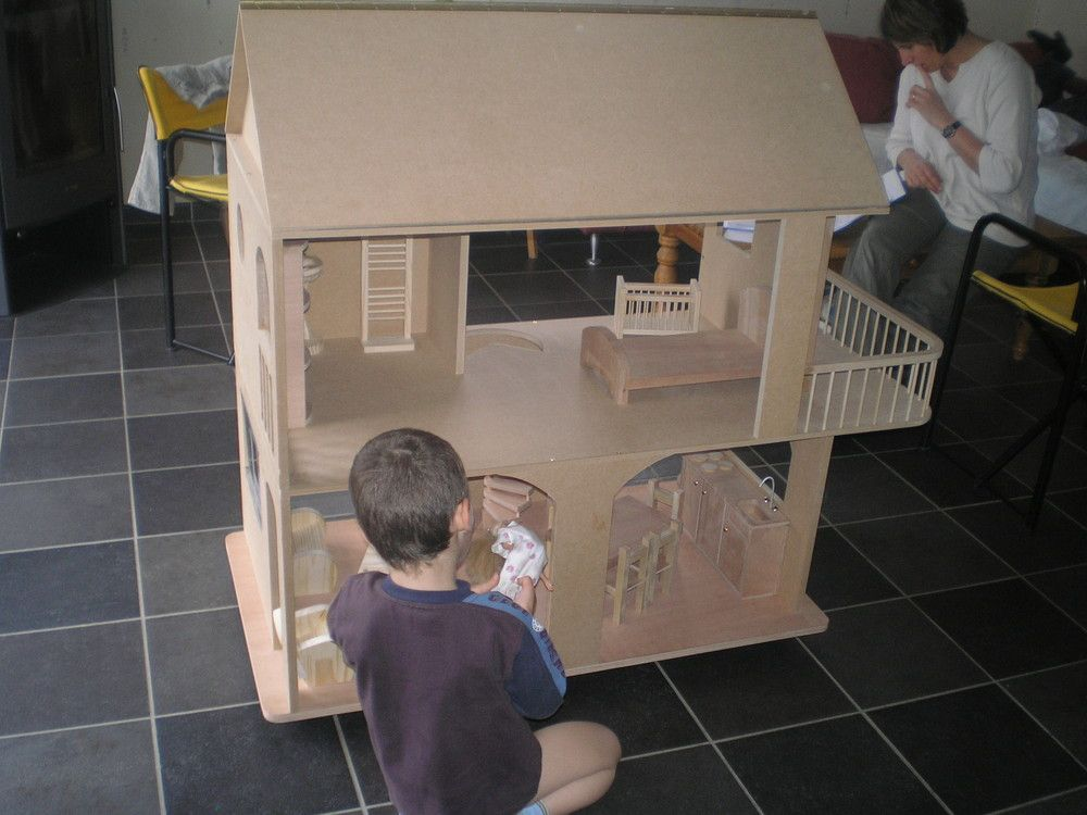 Plans et explications pour fabrication de maisons de poup es barbie photos dollhouse plans - Plan de maison de barbie ...