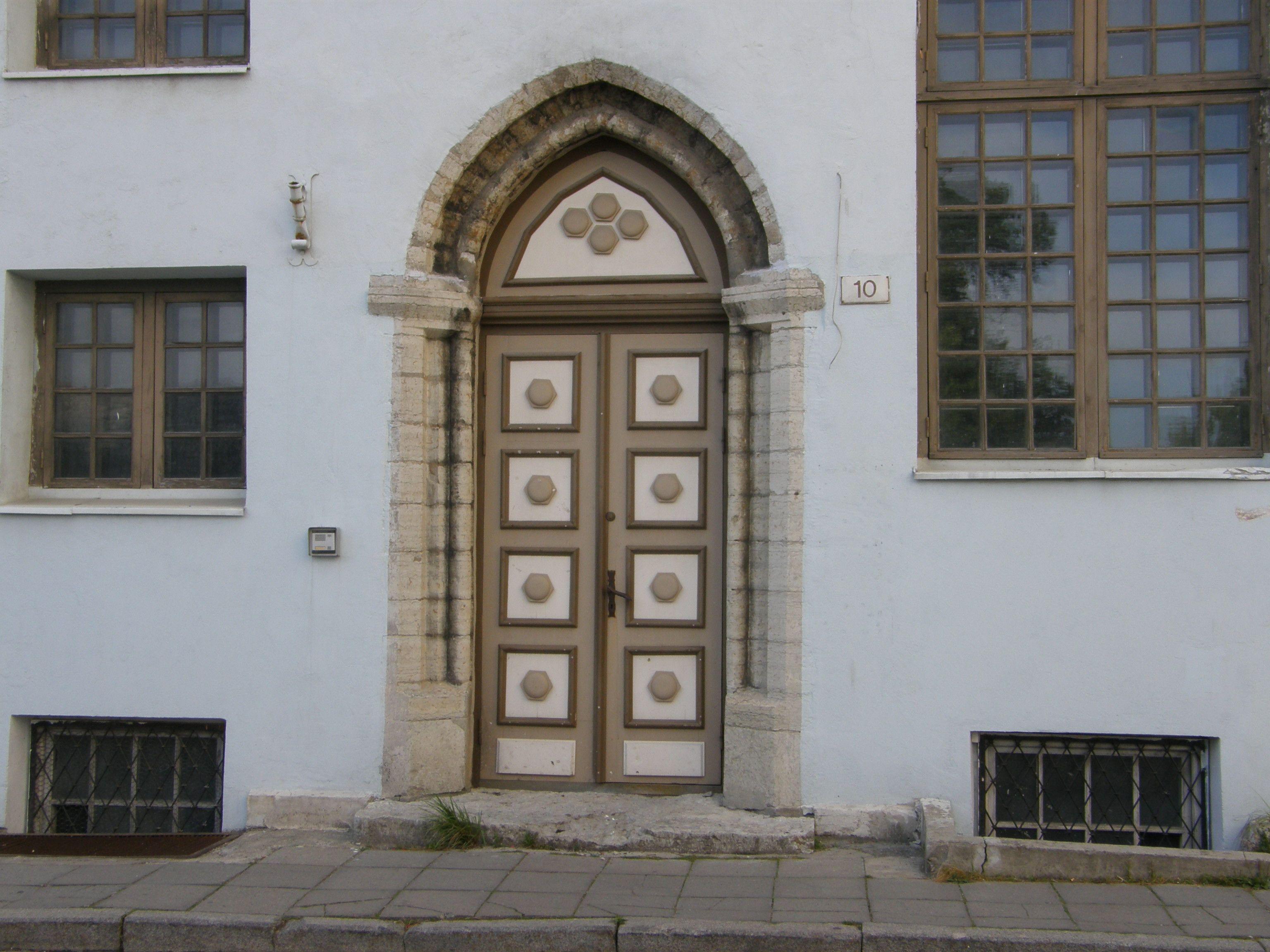 Rüütli Street Tallinn Estonia & Rüütli Street Tallinn Estonia | Uksed I/ doors I | Pinterest
