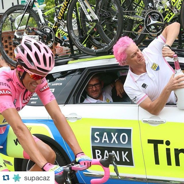 #Repost @supacaz with @repostapp. ・・・ ¡Ben Fatto Alberto! Alberto Contador dominates the Giro and claims yet another GC title. Supacaz tape was the final touch on his custom Pink S Works. #supacaz #girodiitalia #contador #neonpink #iamspecialized #pink #superstickykush