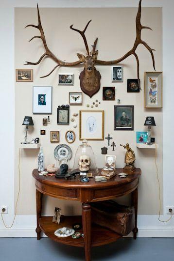 cr er son cabinet de curiosit s le cabinet cabinet de curiosit et chez soi. Black Bedroom Furniture Sets. Home Design Ideas