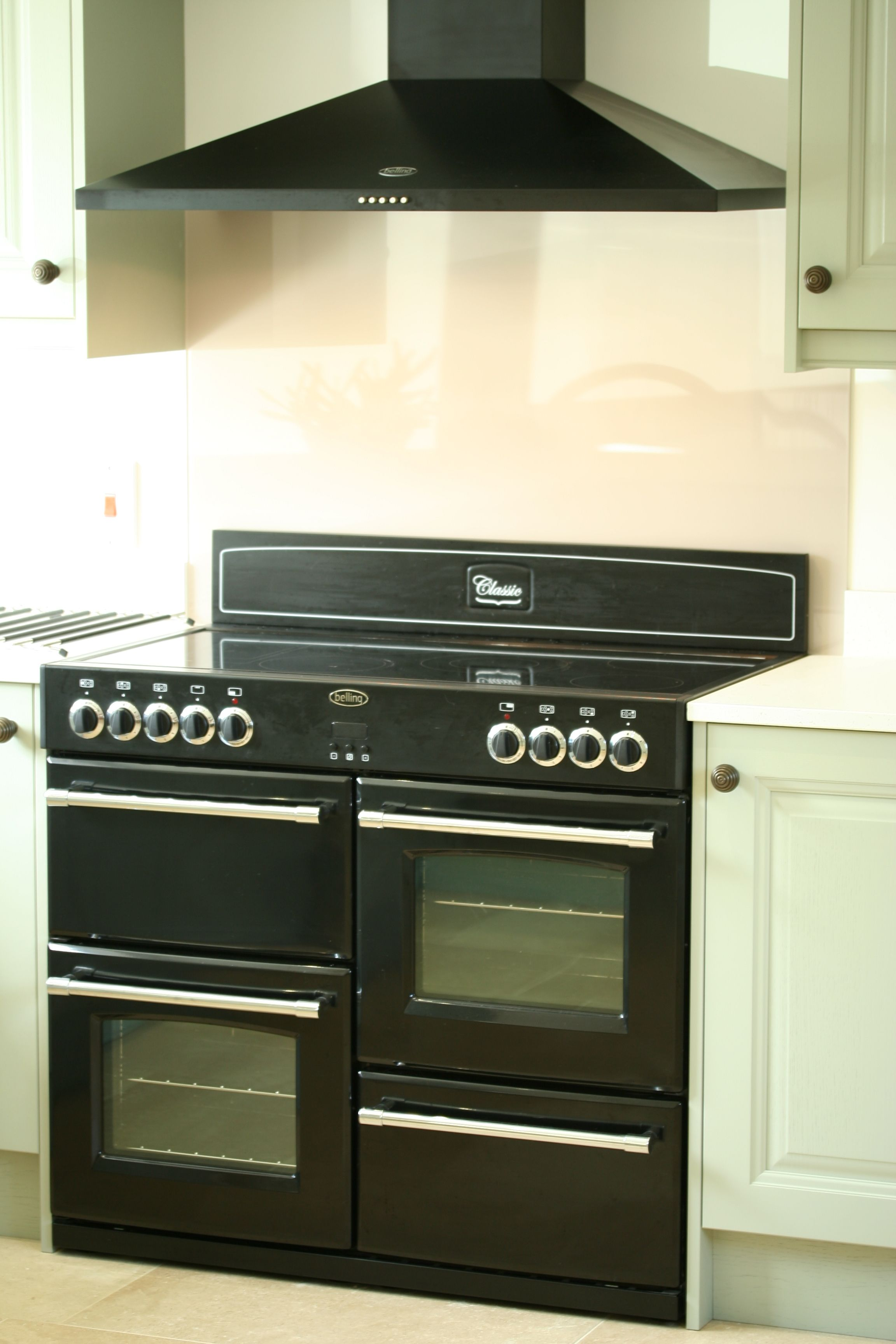 Uncategorized Belling Kitchen Appliances belling classic 100dft range cooker in hot jalapeno kitchen black chimney hood