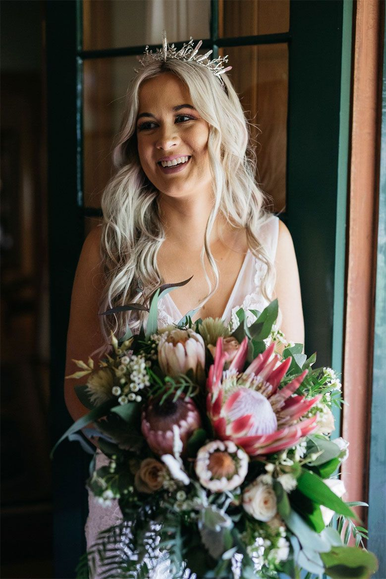 Native flowers for bridal bouquet - boho wedding