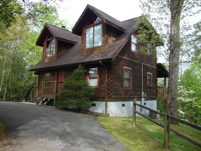 Superb Hawks Nest 3 Bedroom Cabin At Parkside Cabin Rentals Beutiful Home Inspiration Xortanetmahrainfo