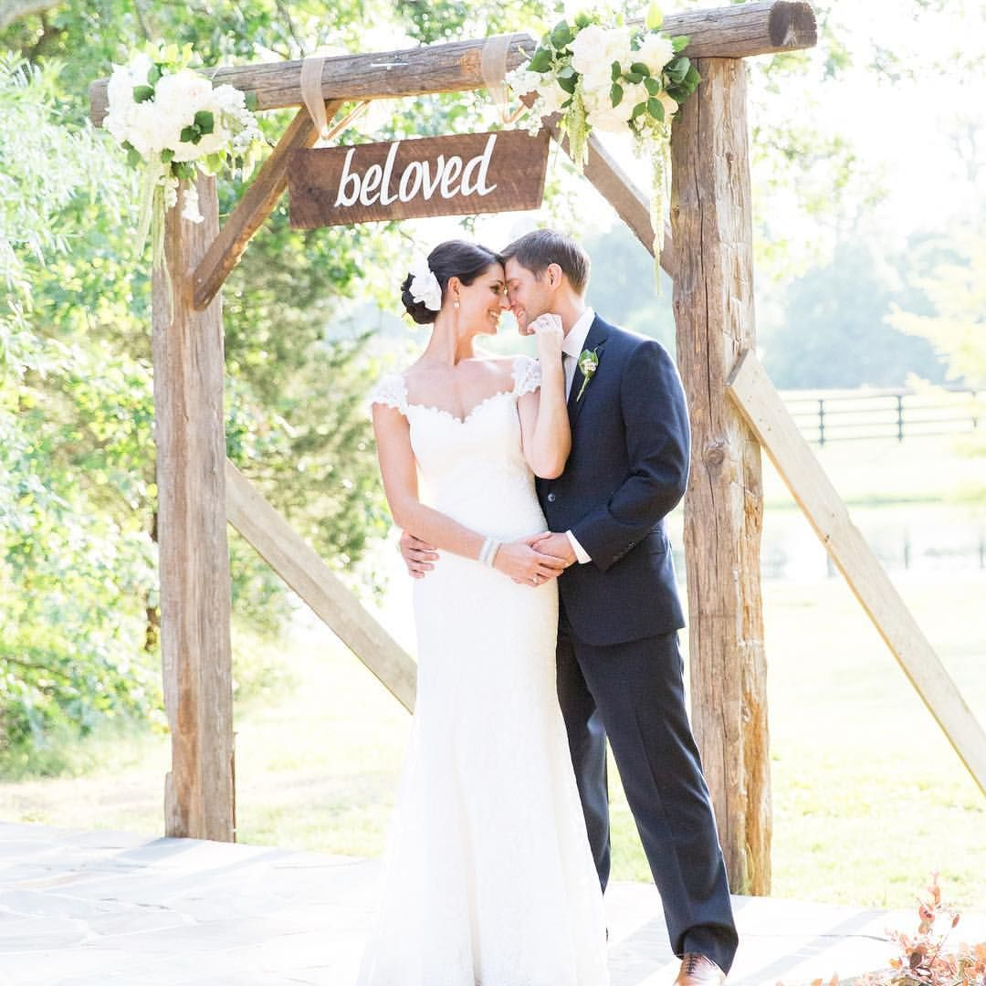 Leah Marie Brant Calligraphy: Pin On Wedding Gowns