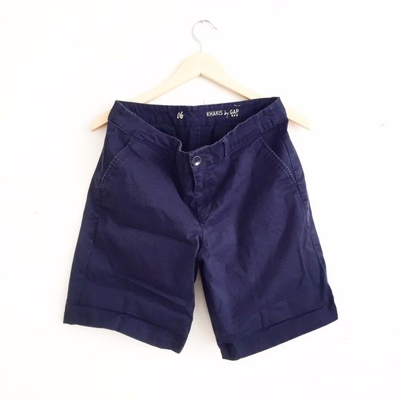 Gap Navy Shorts Factory. Navy blue. EUC. Some minimal normal wear. No rips or stains. First picture filtered. Size 6. GAP Pants