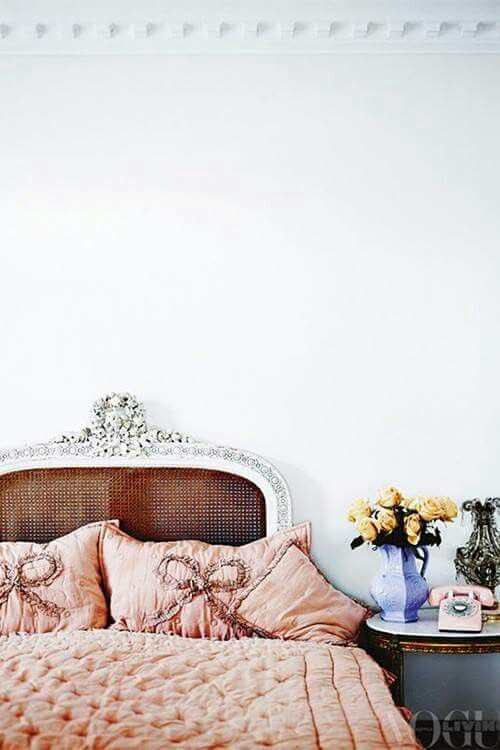 Pretty vintage-y bedroom via Paris Style Antiques on Facebook