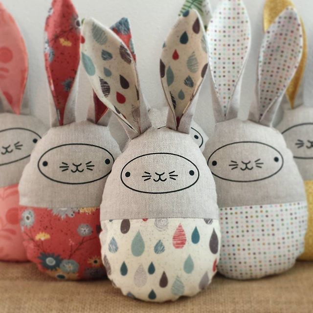 Easter egg bunnies screen printed sewn lapins simon easter egg bunnies screen printed sewn negle Images
