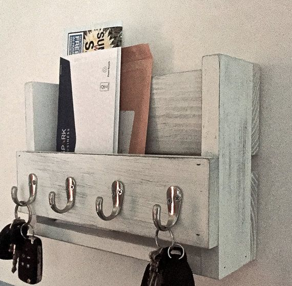 This Amazing Rustic Wooden Key Holder And Mail Organizer Is Made From Reclaimed Wood Mostly Pine That I Have Wooden Key Holder Key Holder Diy Wall Key Holder