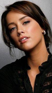 Szatynka w czarnej bluzce tapety na telefon tapeciarnia amber heard wallpaper x sciox Image collections