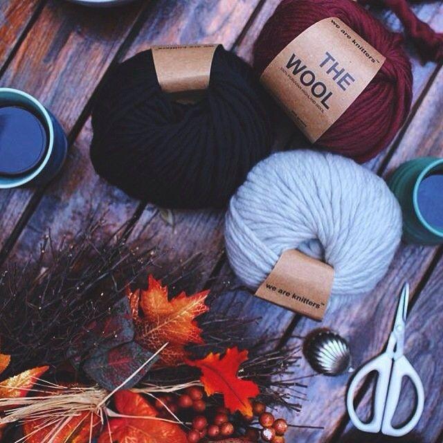 Autumn must-haves ☕ #woolporn via @gpowersfilm